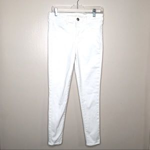 American Eagle Stretchy White Skinny Jeans 10